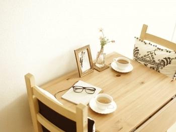 強化買取品の食卓セットの写真