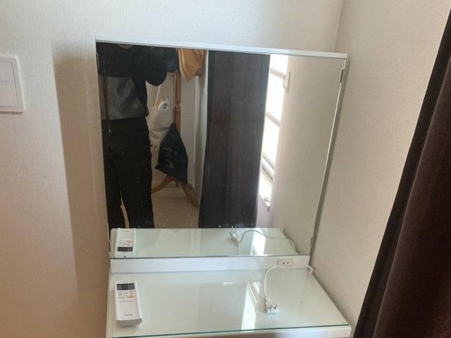 強化買取品の鏡台の写真